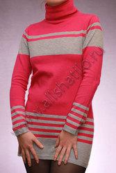Розовое шерстяное платье-туника
