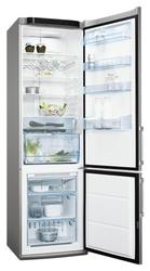 Продам недорого в Осинниках Холодильник Electrolux в отличном состоянии,  No Frost,  управление электронное,  цвет серебристый,  количество камер 2